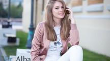 Denisa Moga, o tânără artistă din Sebeș, va susține un recital în deschiderea unui concert susținut de celebra formație Bere Gratis