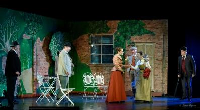 """Regal de teatru la Sebeș. Maia Morgenstern, într-o distribuție de excepție a piesei """"Profesiunea Doamnei Warren"""", de George Bernard Shaw"""