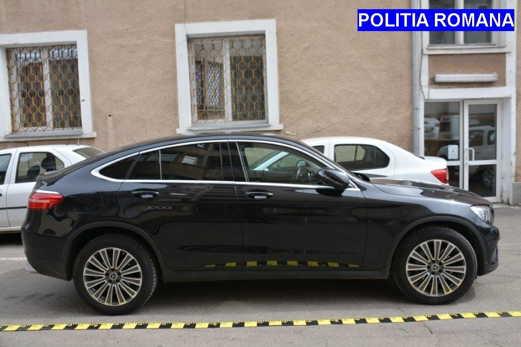 Mașină de peste 33.000 de euro, furată din Italia, depistată în trafic la Alba Iulia