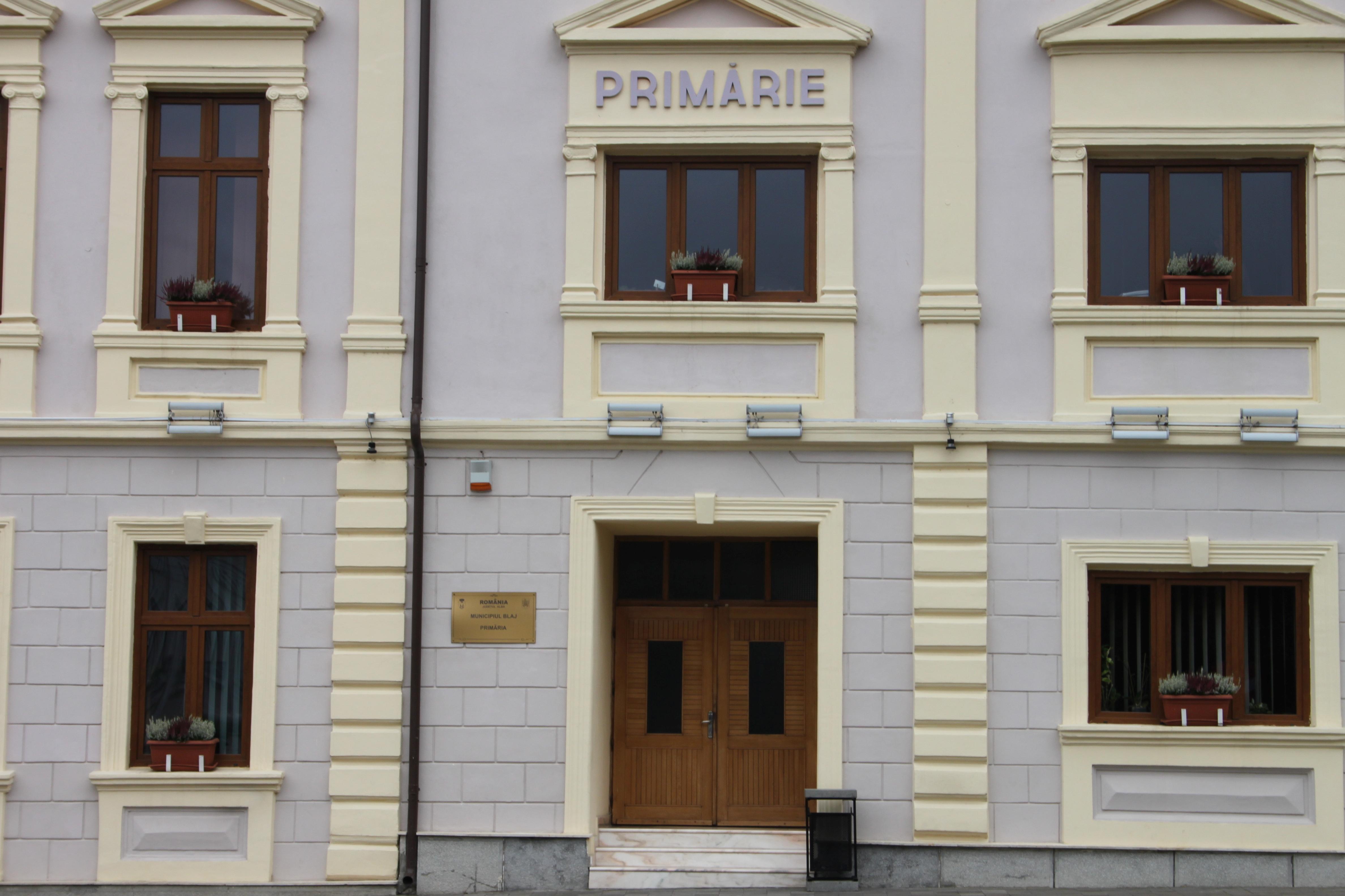Primăria Blaj intră în reparații capitale pentru șase luni. Birourile vor fi relocate, cu excepția celui de Impozite și Taxe locale