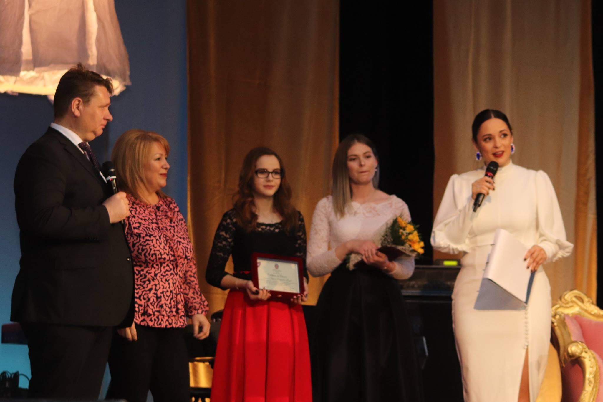 """Sebeșul și-a premiat doamnele speciale în cadrul celei de-a III-a ediții a  """"Galei Doamnelor de Succes"""""""