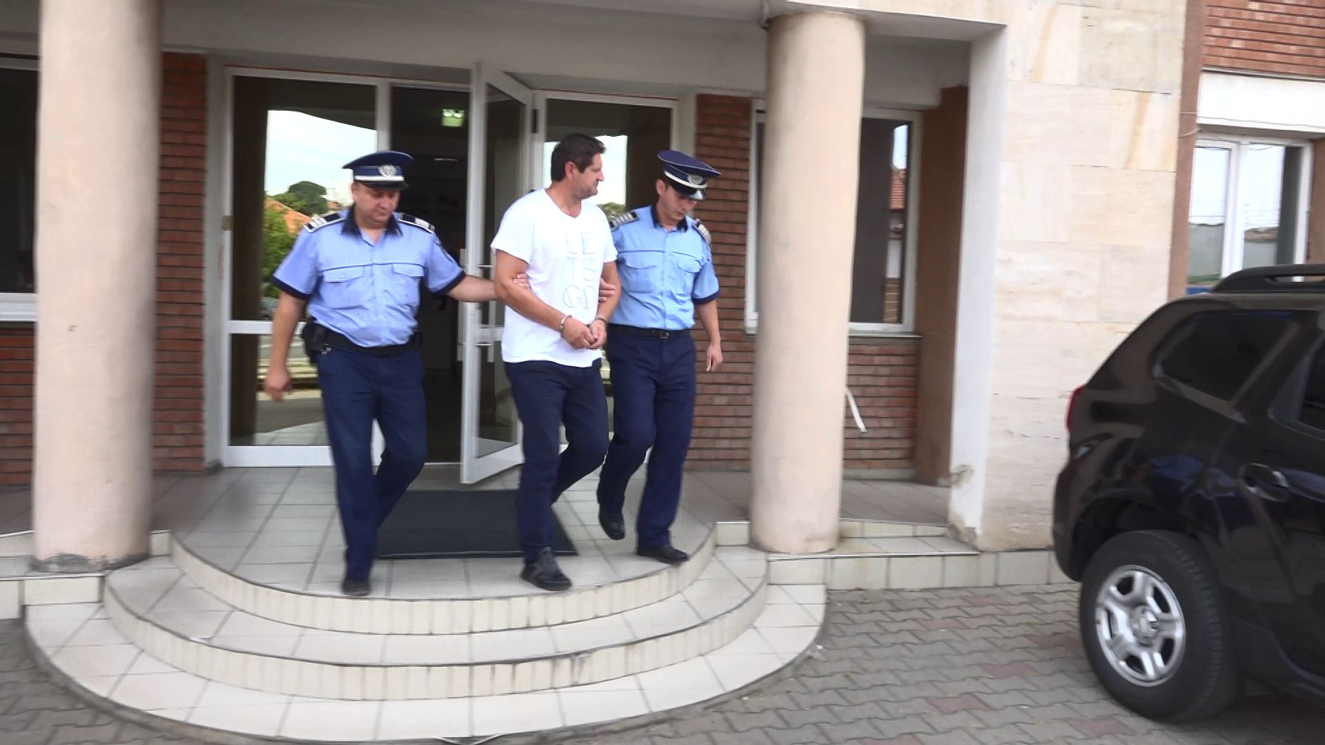 Un șofer de la Serviciul de Ambulanță Județean Alba a fost reținut pentru 24 de ore