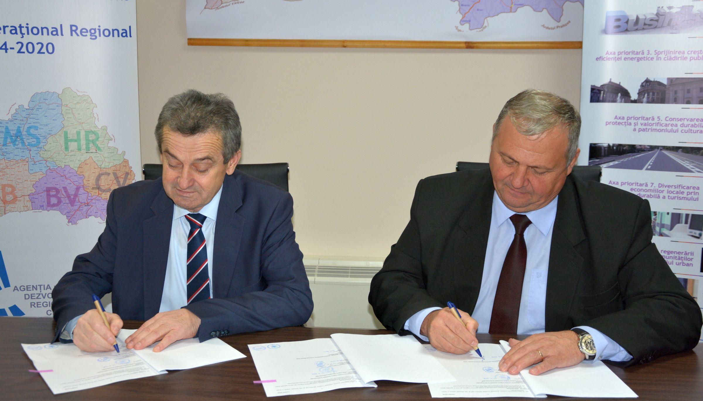 Teiuș :Aproape 900.000 euro fonduri REGIO pentru modernizarea iluminatului public